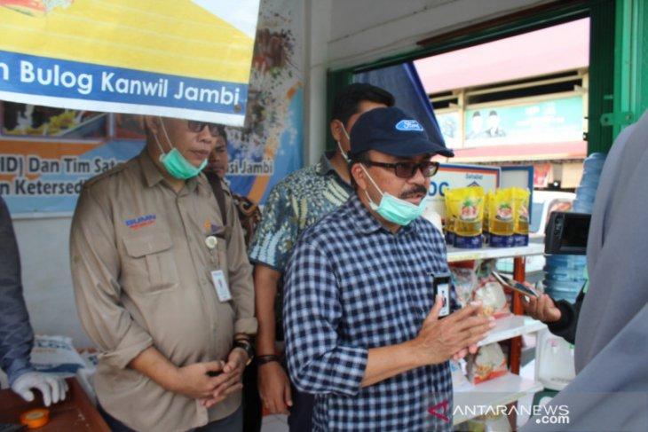Bulog Jambi gelontorkan gula pasir untuk stabilkan harga di pasaran