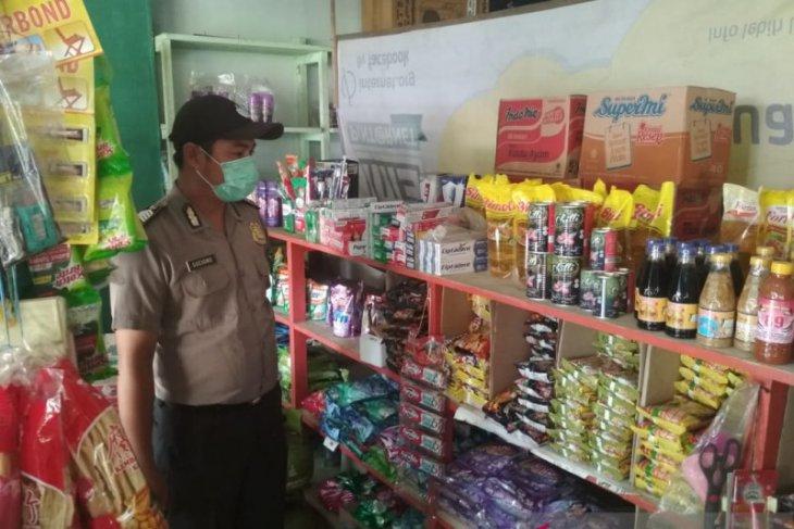Polisi Bengkayang pantau harga bahan pokok di Samalantan