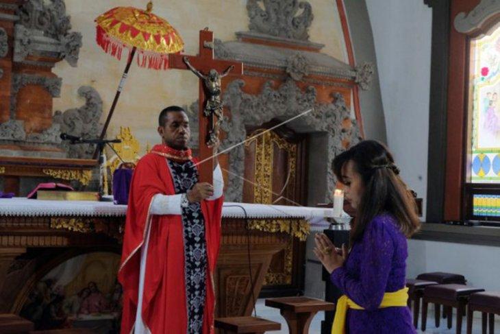 Misa Jumat Agung di Bali dibatasi
