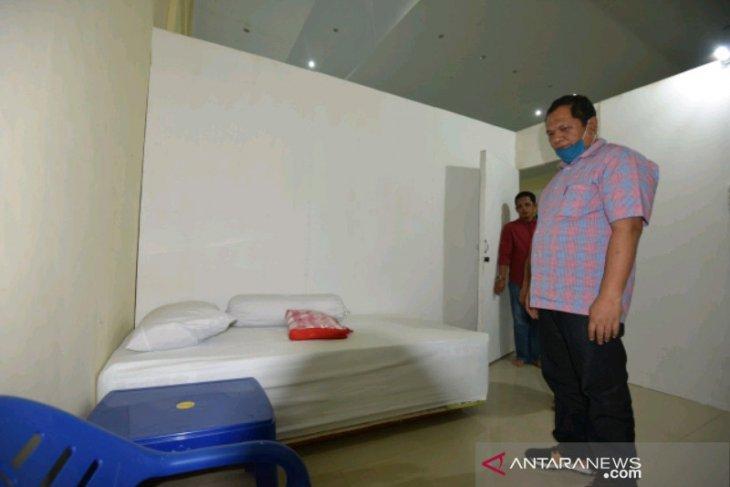 Wali Kota Padangsidimpuan tinjau persiapan gedung penanganan COVID-19
