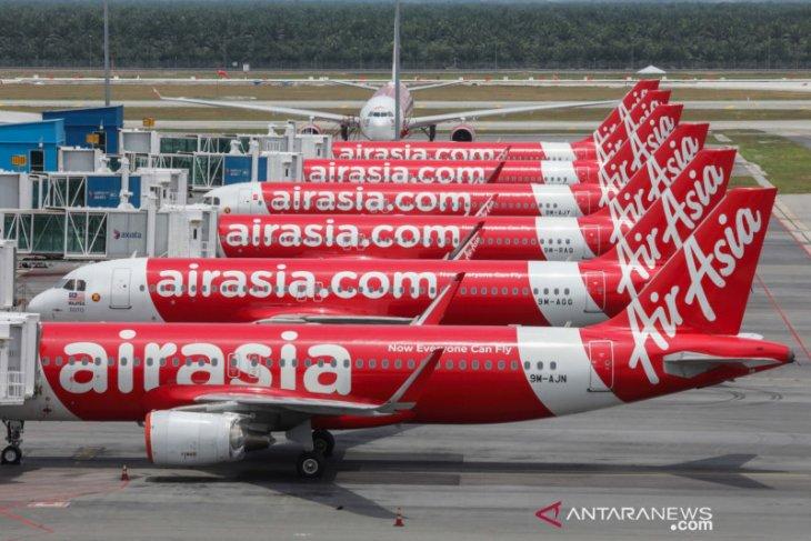 Pendapatan merosot tajam, AirAsia upayakan bayar THR dan tidak PHK karyawan
