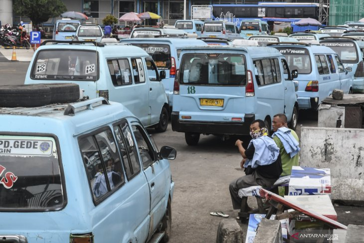 Passenger vehicles to be prohibited from red zones under 'mudik' ban