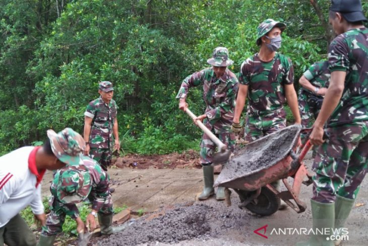 TNI-rakyat kerja di tengah COVID-19, TMMD di Buleleng sukses berlipat