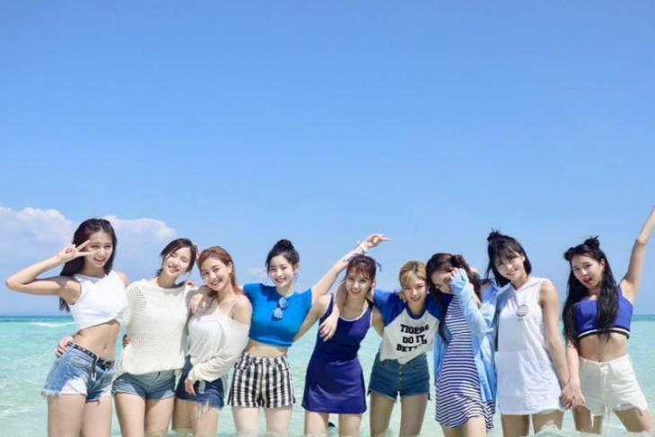 TWICE tempati posisi pertama daftar reputasi merk grup K-pop wanita