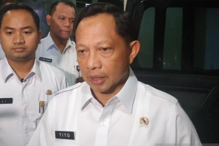 Mendagri Tito distribusikan bantuan dari lembaga kemanusiaan Singapura