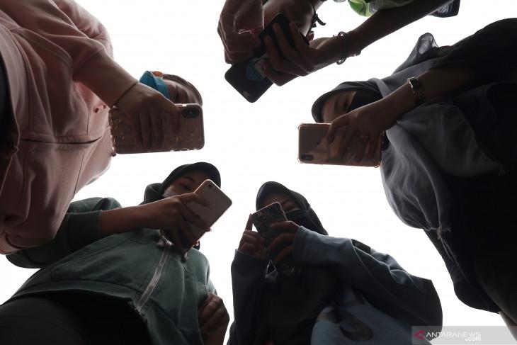 Aturan IMEI berlaku, begini cara mengecek nomornya di ponsel