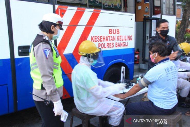 Polres Bangli sulap mobil SIM keliling jadi kendaraan layanan kesehatan