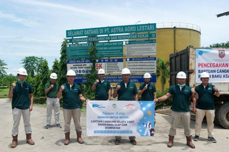 Cegah corona, kelompok tani produksi disinfektan berbahan cangkang sawit
