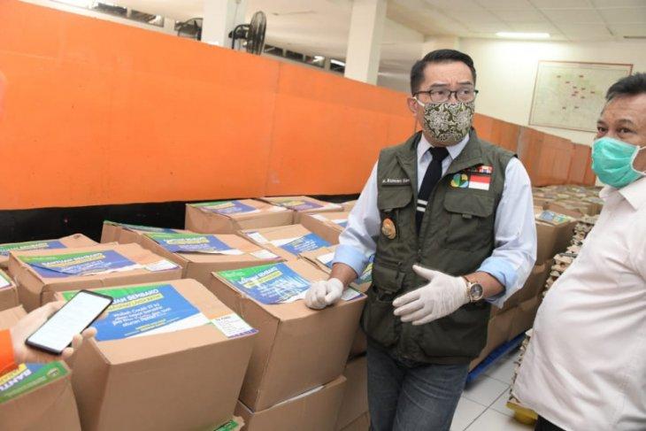 Ridwan Kamil meminta bupati/wali kota sempurnakan data penerima bansos