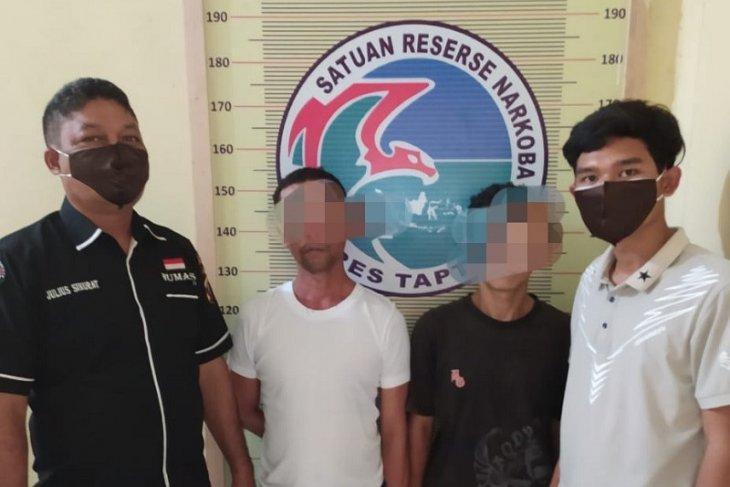 Polres Tapteng tangkap 2 pengedar sabu dari Sibolga