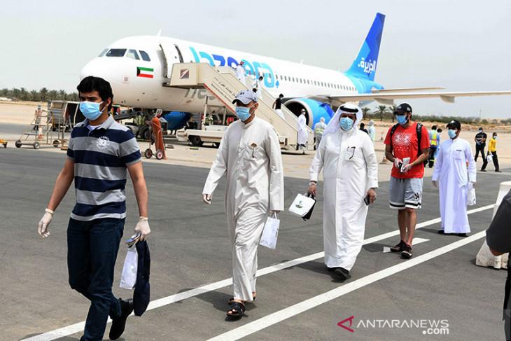 Kuwait larang warga yang tidak divaksin anti COVID-19 ke luar negeri