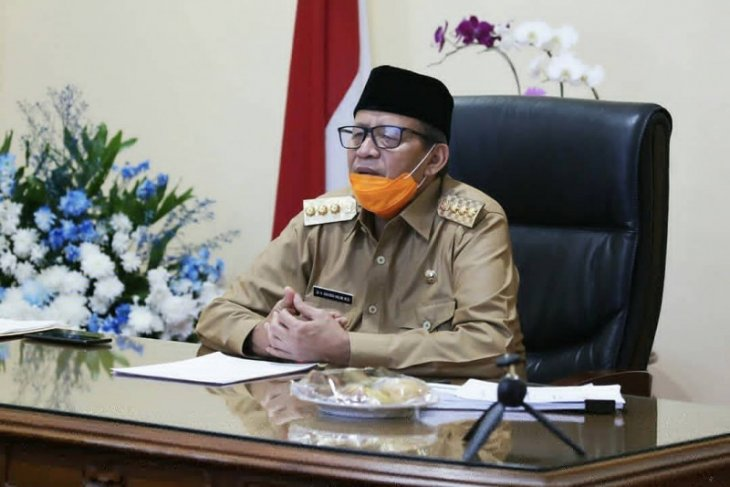 Pemprov Banten salurkan bantuan bagi 421.177 KK terdampak COVID-19