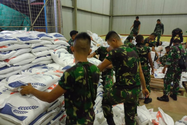 Gubernur Kalbar penuhi kekurangan beras bantuan untuk Kubu Raya