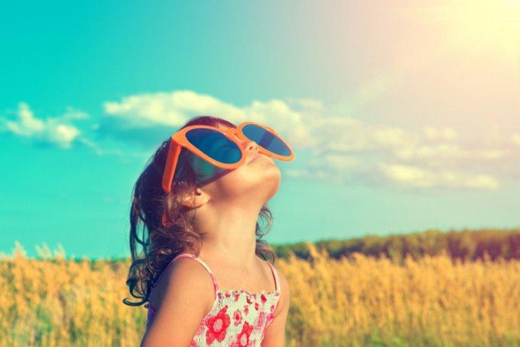 Sinar matahari, panas dan kelembapan perlemah virus corona