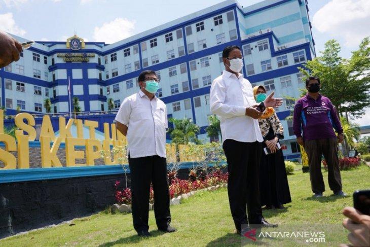 Singapore's Temasek donates one million masks to Riau Islands