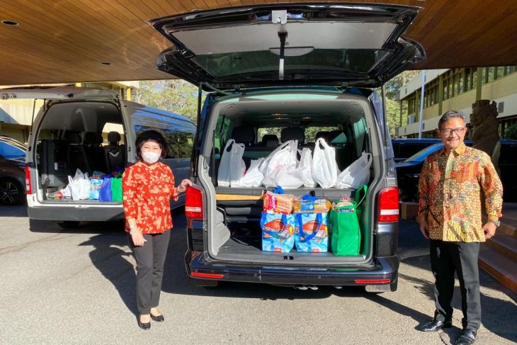 COVID-19: Indonesian embassy in Canberra distributes aid