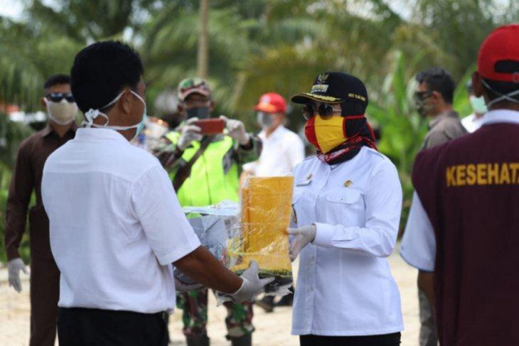 Pemkab Tulangbawang beli 135 ton beras petani untuk bansos COVID-19