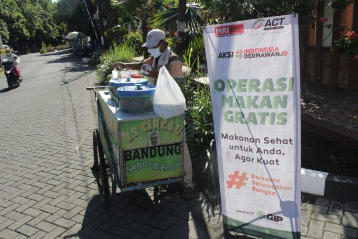 ACT Jatim bantu makan gratis warga di Sidoarjo
