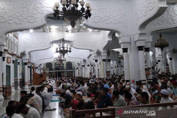 Masjid Baiturrahman tetap laksanakan Shalat Idul Fitri