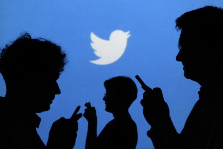 Twitter akan membuka data penelitian medsos soal COVID-19