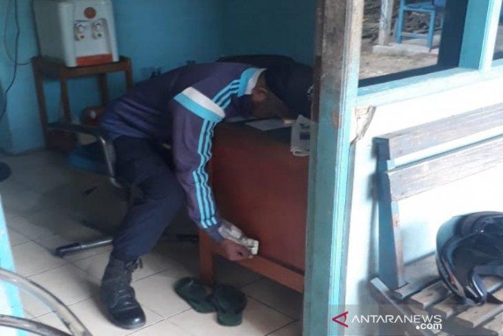 Polsek Banjarmasin Tengah selidiki temuan mayat di pos penjagaan kantor PDAM