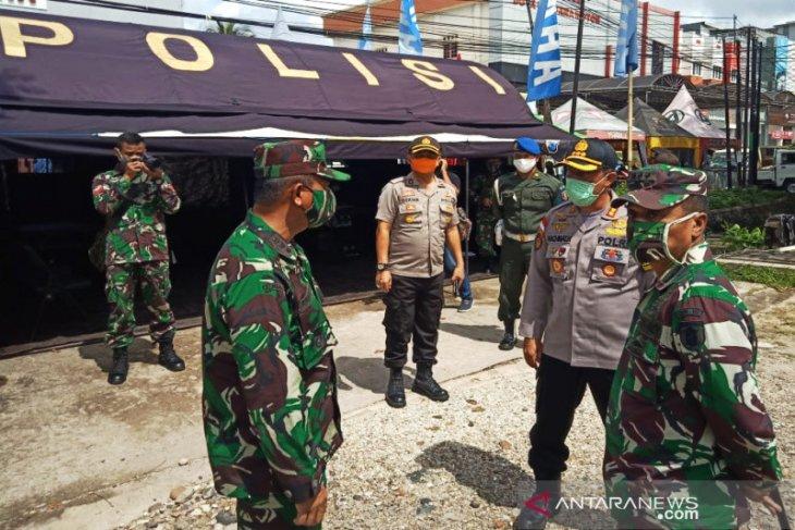 Kapolresta cek pelaksanaan Pos PSBB COVID-19 Kota Banjarmasin