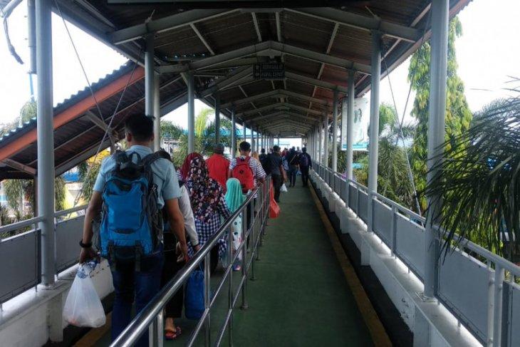 Pencegahan pemudik di perbatasan Bandarlampung ketat, mobil disterilisasi