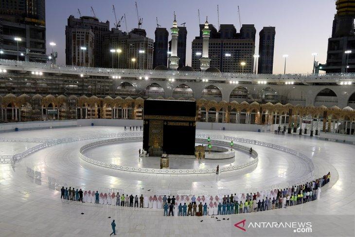 Saudi bolehkan ibadah haji terbatas, ini sikap Indonesia