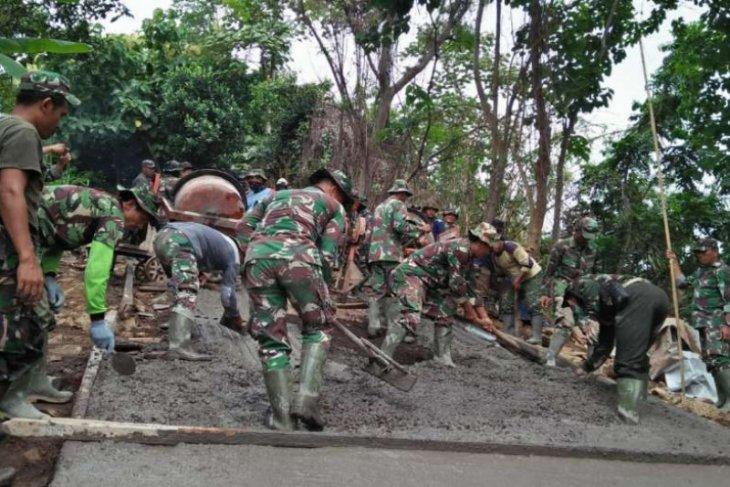 Merajut asa kala COVID-19, TMMD ke-107 tuntaskan amanah di Desa Panji Anom