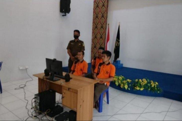 Bintan District Court hands death sentence to three drug smugglers