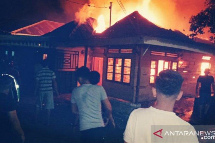 Satu rumah hangus terbakar di Medan Denai