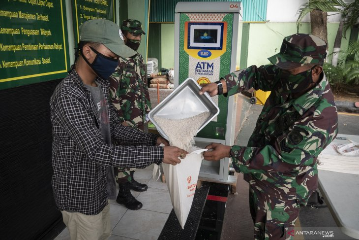 155 tons of rice distributed through automated dispensing machines