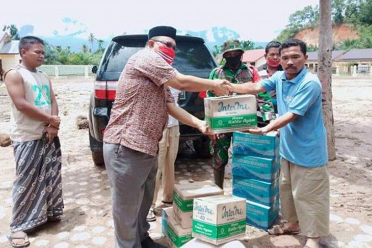 Anggota DPRA salurkan bantuan korban banjir di Aceh Tenggara