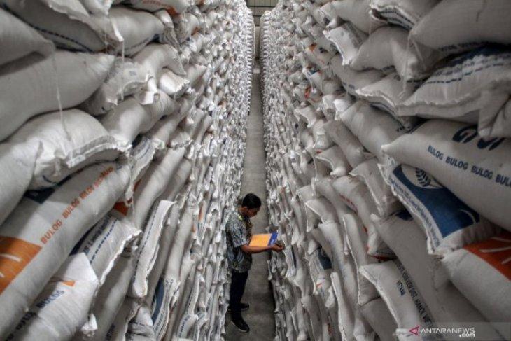 Bulog Madiun pastikan stok pangan aman menjelang Lebaran