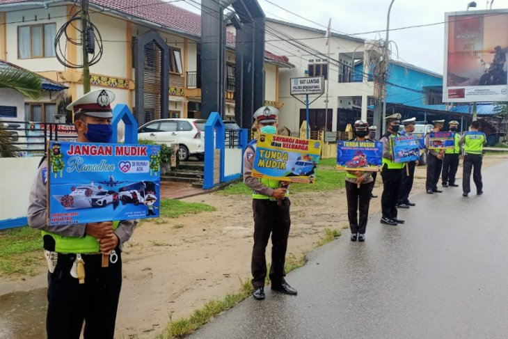 Bengkayang Police intensify campaign on mudik ban to stem COVID-19