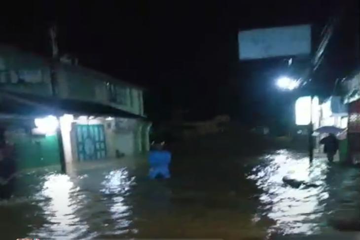 Malam ini, Kecamatan Kuala Langkat dilanda banjir