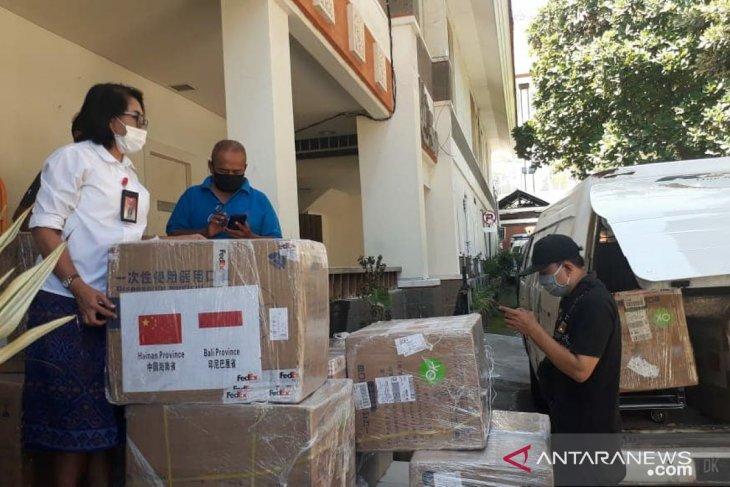 Provinsi Hainan-Tiongkok donasikan 50.000 masker medis untuk Bali