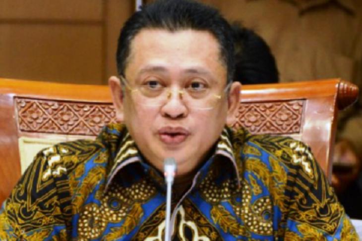 Bamsoet: Tunda kedatangan 500 TKA China ke Sulawesi Tenggara