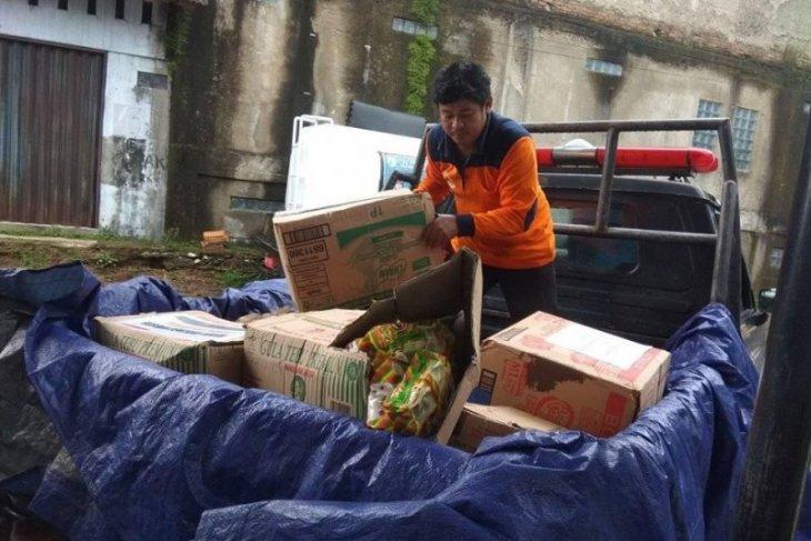 BPBD Lebak salurkan bantuan logistik  ke pengungsi korban banjir