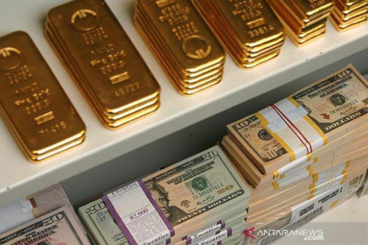 Emas turun 16 dolar AS karena ambil untung ketika Wall Street menguat