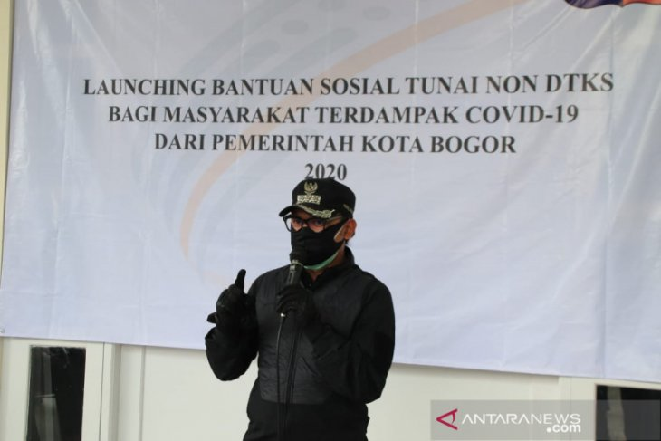 Wali Kota Bogor targetkan bansos warga terdampak COVId-19 terdistribusi dalam sepekan