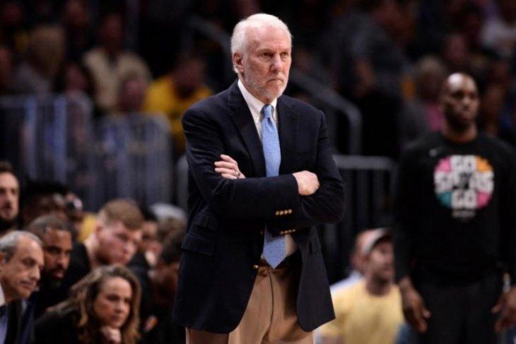 NBA mengkhawatirkan ofisial sepuh jika kompetisi dilanjutkan