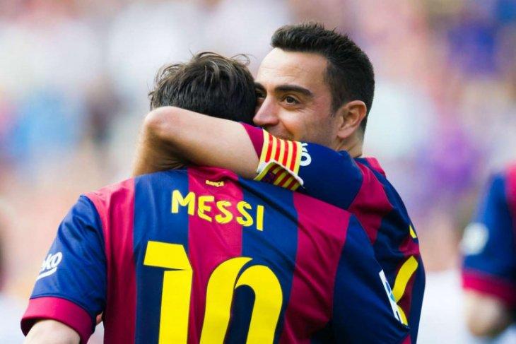 Xavi berharap latih Barcelona di masa depan