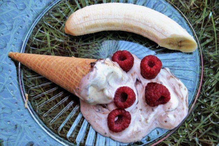 Menu Ramadhan: Es Krim pisang selai kacang