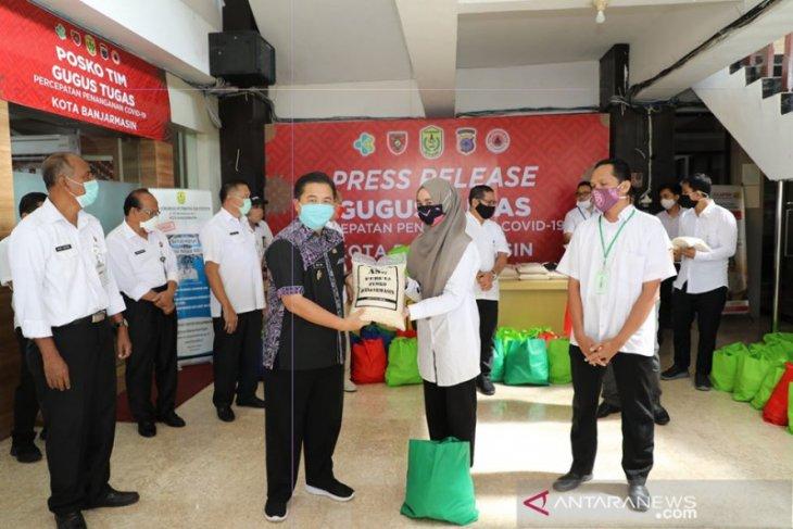 Pemkot Banjarmasin bagikan 1600 paket sembako