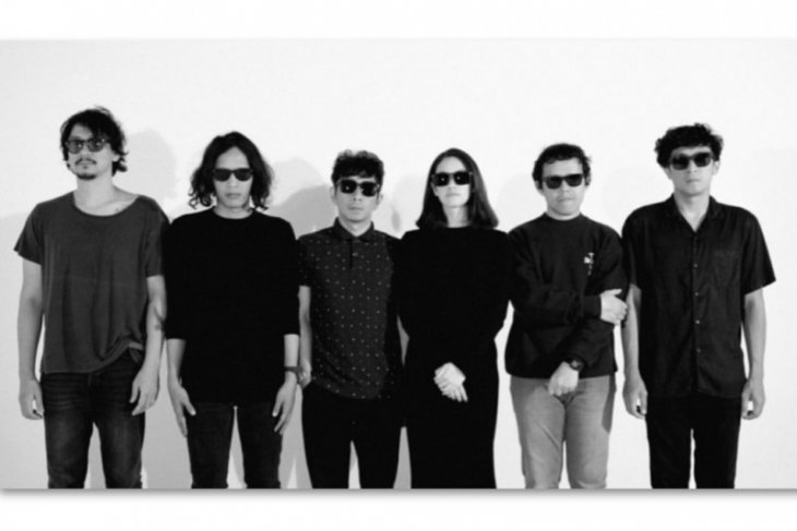Kangen bermusik, Vincent Rompies gabung di grup musik Goodnight Electric