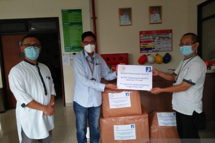 Jamkrindo Tangerang sumbang ratusan APD untuk menangani COVID-19