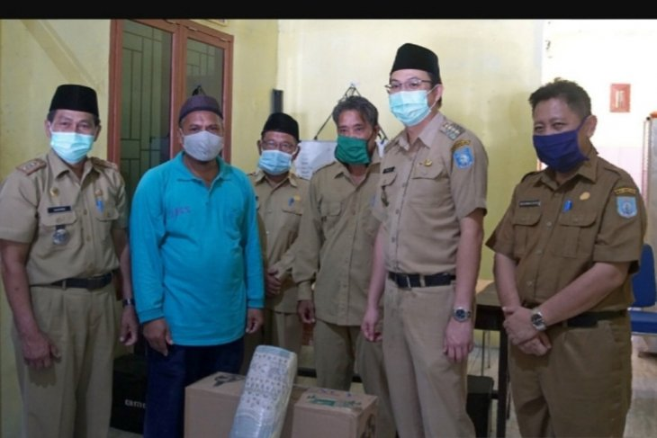 Pemkab Bangka Barat salurkan sejumlah bantuan ke masjid