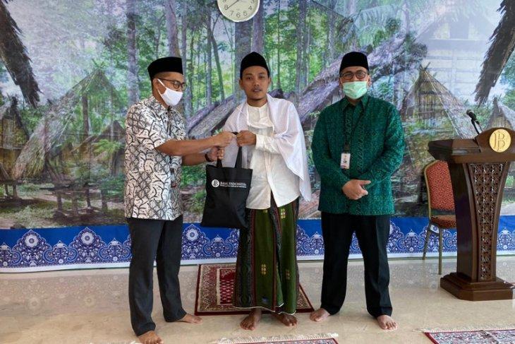 BI Provinsi  Banten peduli pedagang kaki lima dan pesantren terdampak COVID-19