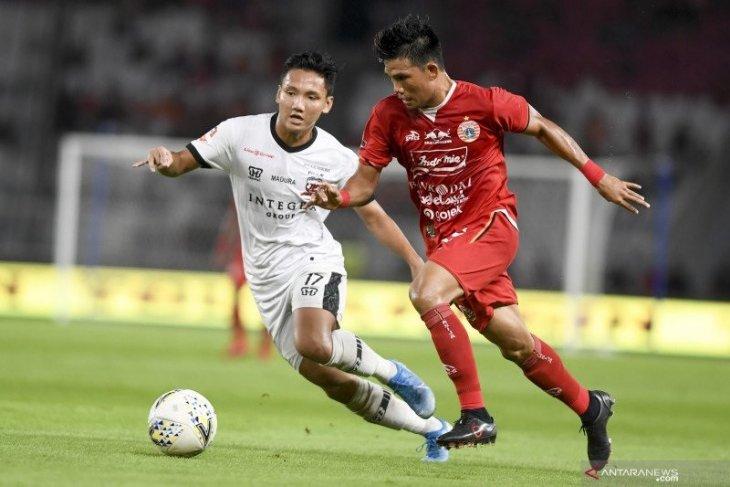 Pemain Madura United  Syahrian Abimayu resmi berseragam Johor Darul Takzim